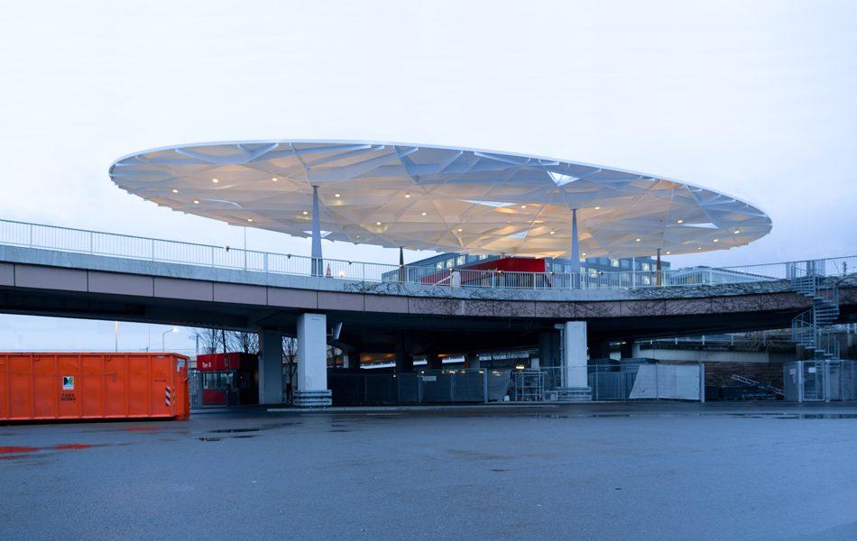 Ovaldach am Tor Nord (Messe Frankfurt)